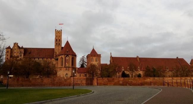 Рыцарская романтика в самом большом замке Польши: замок Мариенбург (г. Мальборк)