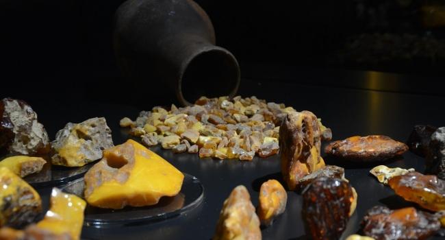 «Сказание о Солнечном камне» - экскурсия на Янтарный комбинат, в Янтарный парк и на янтарное производство + г. Светлогорск