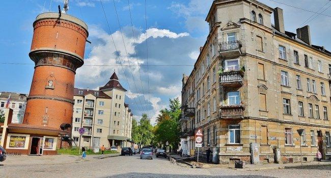 «Легенды древнего города» — экскурсия в г. Черняховск: два замка и конезавод + возможно посещение г. Гусева