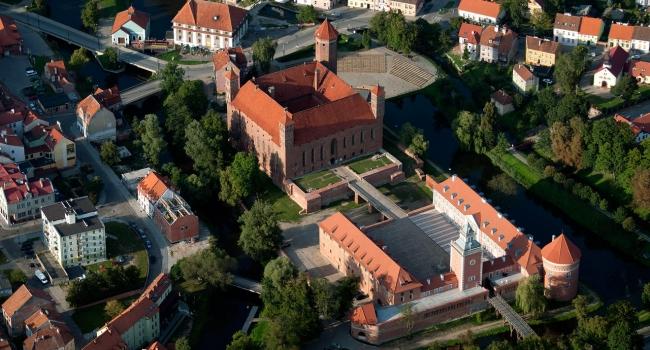 «Мощь Вармии и водные развлечения» - поездка к древнему замку Лидзбарк Варминьски + аквапарк!